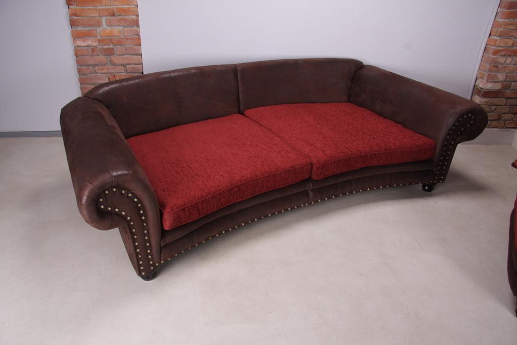 Abc n bytek prod v me sedac soupravy n bytek z masivu for Ohrensessel sofa